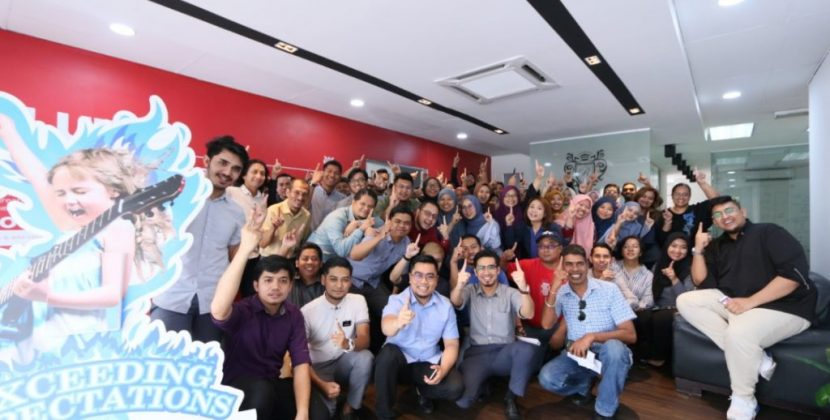 Azizan Osman Reach 1M likes
