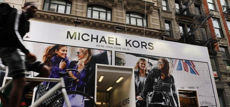 Michael Kors Beli Versace $2.2 Billion (RM9.15 Bilion) – 5 Sebab Perlu Tahu Kenapa Beliau Membuat Keputusan Ini